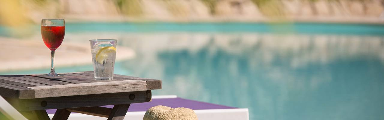 relax near from the swimming pool of villa vicha hotel